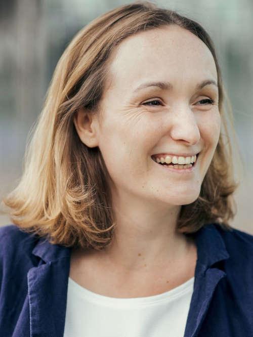 Tina Röbel